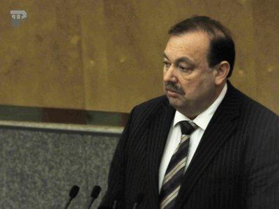 Госдума на следующей неделе может принять законопроект о контроле за расходами чиновников