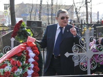 Минстрой ввел норму о частных кладбищах в законопроект о похоронном деле