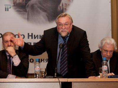 """Госдума предотвратила """"хаос в отправлении правосудия"""", которым грозили адвокаты"""