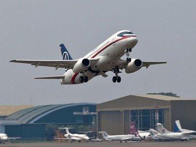 Росавиация запретила авиакомпании Red Wings эксплуатировать самолеты Superjet-100