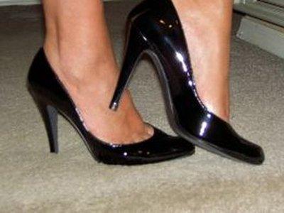 ФАС отомстит за покупательницу, оставшуюся баз обещанной 50-процентной скидки на обувь