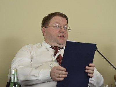 Иванов отказал чиновникам в инструкции для судей