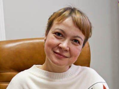 """Следователи объяснили, почему не могут арестовать шеф-редактора портала """"Ура.ру"""" Аксану Панову"""