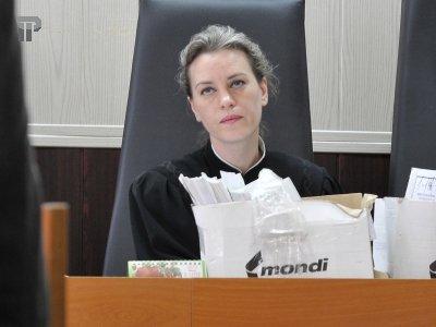 судья бжезовская ирина владимировна фото