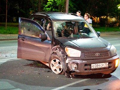 ККС досрочно прекратила полномочия судьи, в пьяном виде протаранившей на Toyota RAV 4 две машины