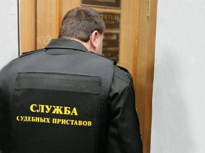 Замглавы столичного отдела приставов задержали в суде за устройство на работу за 360000 руб.