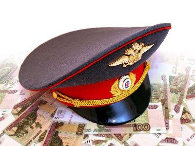 На полицейского возбуждено дело за получение 2 млн руб. от бизнесмена, запуганного перспективой задержания