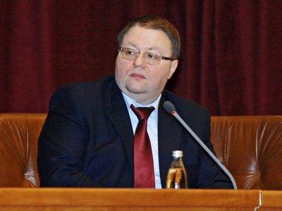 В своей речи Антон Иванов отмечает, что судебная система в России движется в сторону перехода к прецедентному праву, и считает это правильным направлением