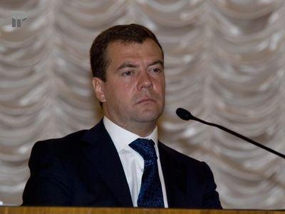 Госдума обсудит законопроект Медведева о новых правилах пересмотра приговоров