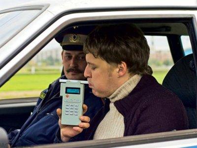 """Подписан закон о повышении штрафов для водителей и отмене """"нулевого"""" промилле"""