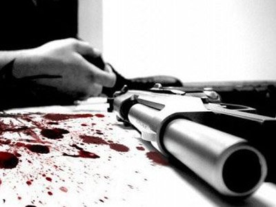 Присяжным дали в руки орудие убийства