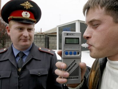 В Госдуме не позволили правительству потворствовать пьяным водителям