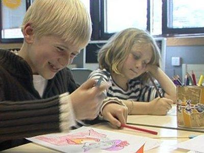 Голландским детям могут разрешить иметь больше двух родителей