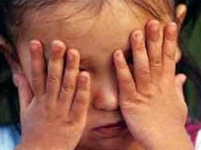 """Мать, """"открутившая"""" уши шестилетнему обидчику своей дочери, получила 250 часов исправработ"""
