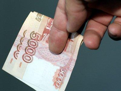 Судят следователя, рассчитывавшего на 135% прибыли от фальшивых купюр
