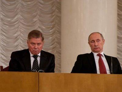 Путин оградил судей от давления председателей и коллег