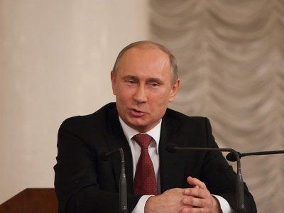 Путин поддержал антисиротский закон Госдумы