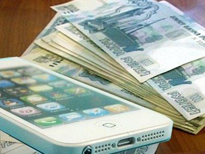 Судят москвичку с мужем, которая украла у подруги iPhone и шантажировала ее интимными фото
