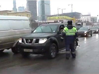Илья Резник оштрафован на 500 руб. за нарушение ПДД, которое ему простил инспектор ГИБДД