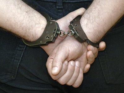 Обвиняемым в уголовных преступлениях сложно надеяться на оправдательный приговор, так как он сулит неприятности и судье, и прокурору