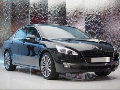 Автоледи отсудила за упавший на Peugeot с крыши кусок льда 85700 руб.