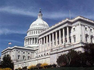 Конгресс США принял законопроект о расширении полномочий спецслужб в электронном шпионаже