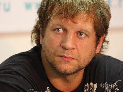 За изнасилование своей домработницы объявлен в розыск чемпион Александр Емельяненко