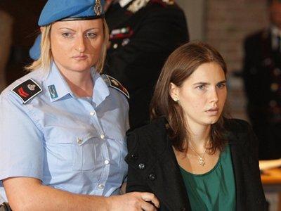 Студентка из США, отсидевшая 4 года за убийство, но оправданная судом, не вернется в Италию на пересмотр дела