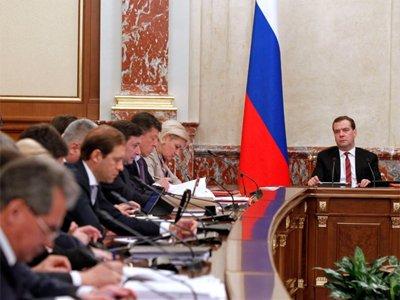 Правительство повышает размер гарантированных выплат по банковским вкладам до 1 млн руб.