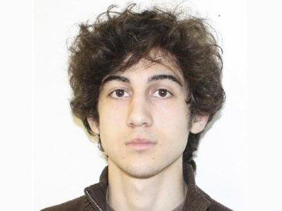 Джохар Царнаев, впервые появившись в суде, не признал себя виновным в бостонском теракте