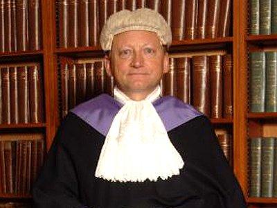 Британский судья получил выговор, скопировав в решении позицию одной из сторон слово в слово