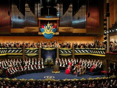 Экс-секретаря Нобелевского комитета обвинили в злоупотреблении доверием