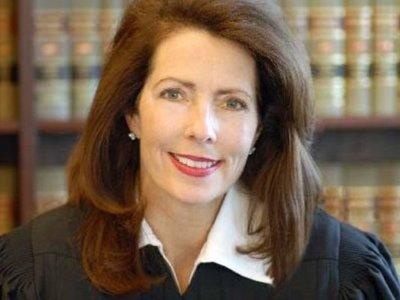 Судья из США получила год тюрьмы за ипотечное мошенничество