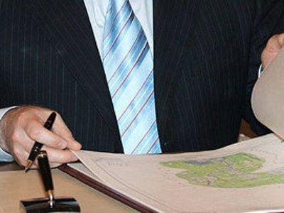 Правая чиновничья рука должна знать, что делает левая