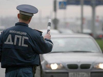 Возбуждено дело на инспектора ГИБДД, напугавшего женщину и завладевшего ее Mazda 6
