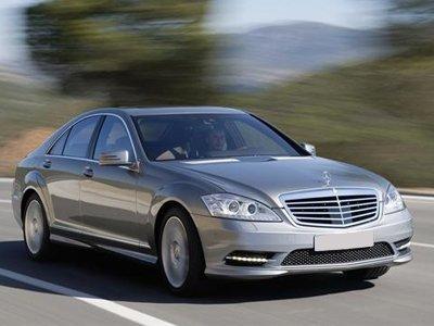 Суд решил, что Mercedes должен не скакать, а ехать