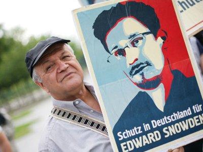 Конституционный суд Германии не разрешил оппозиции пригласить Сноудена в Берлин