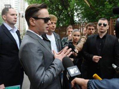 Прокурор просит для певца Витаса, пнувшего полицейского, штраф в 130 000 руб., защита требует его ополовинить