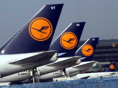 Lufthansa через суд пытается прекратить забастовку бортпроводников