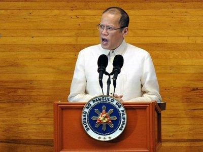 Бизнеследи из Филиппин, подозреваемая в хищении $230 млн, попросила защиты у президента после акций протеста