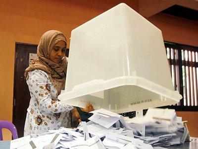 Верховный суд Мальдив в очередной раз перенес президентские выборы