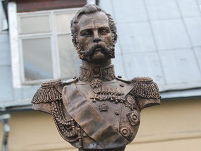Во дворе УФСИН Москвы установлен бюст Александра II, чтобы напоминать о правах заключенных