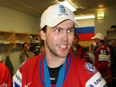 Хоккеисту Варламову в США официально предъявили обвинения в домашнем насилии