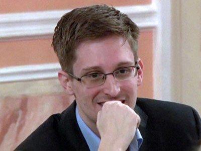 Эдвард Сноуден призвал Обаму помиловать его