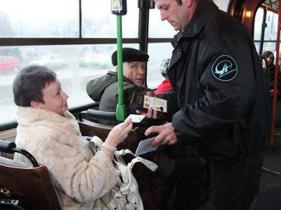 За сломанные в автобусе ребра пассажирка отсудила у перевозчика почти 55000 руб.