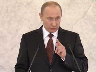 """Путин потребовал разработать законопроект """"о совершенствовании третейского судопроизводства"""""""