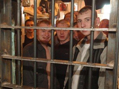 Столичными заключенными, с подачи Мосгорсуда, заполняют уже СИЗО соседних регионов