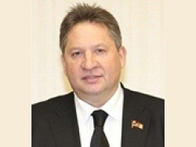 Возбуждено дело на депутата Мособлдумы, угрожавшего ножом водителю Toyota Camry из-за конфликта на дороге