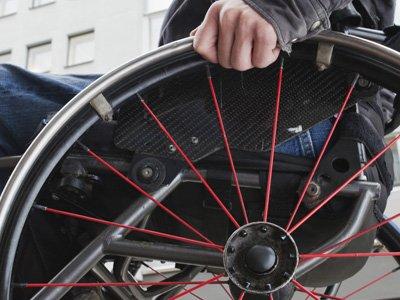 Сенаторы обязали сотрудников ФСИН пройти подготовку для работы с осужденными-инвалидами