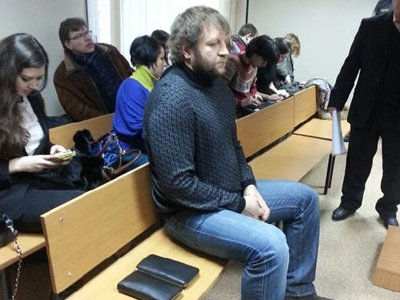Чемпиона Александра Емельяненко очередной потерпевший простил в суде